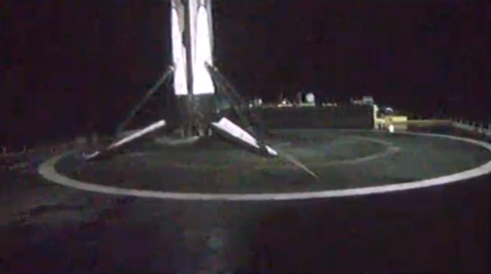 DM-1 Falcon 9 B1051 landing (SpaceX) 8