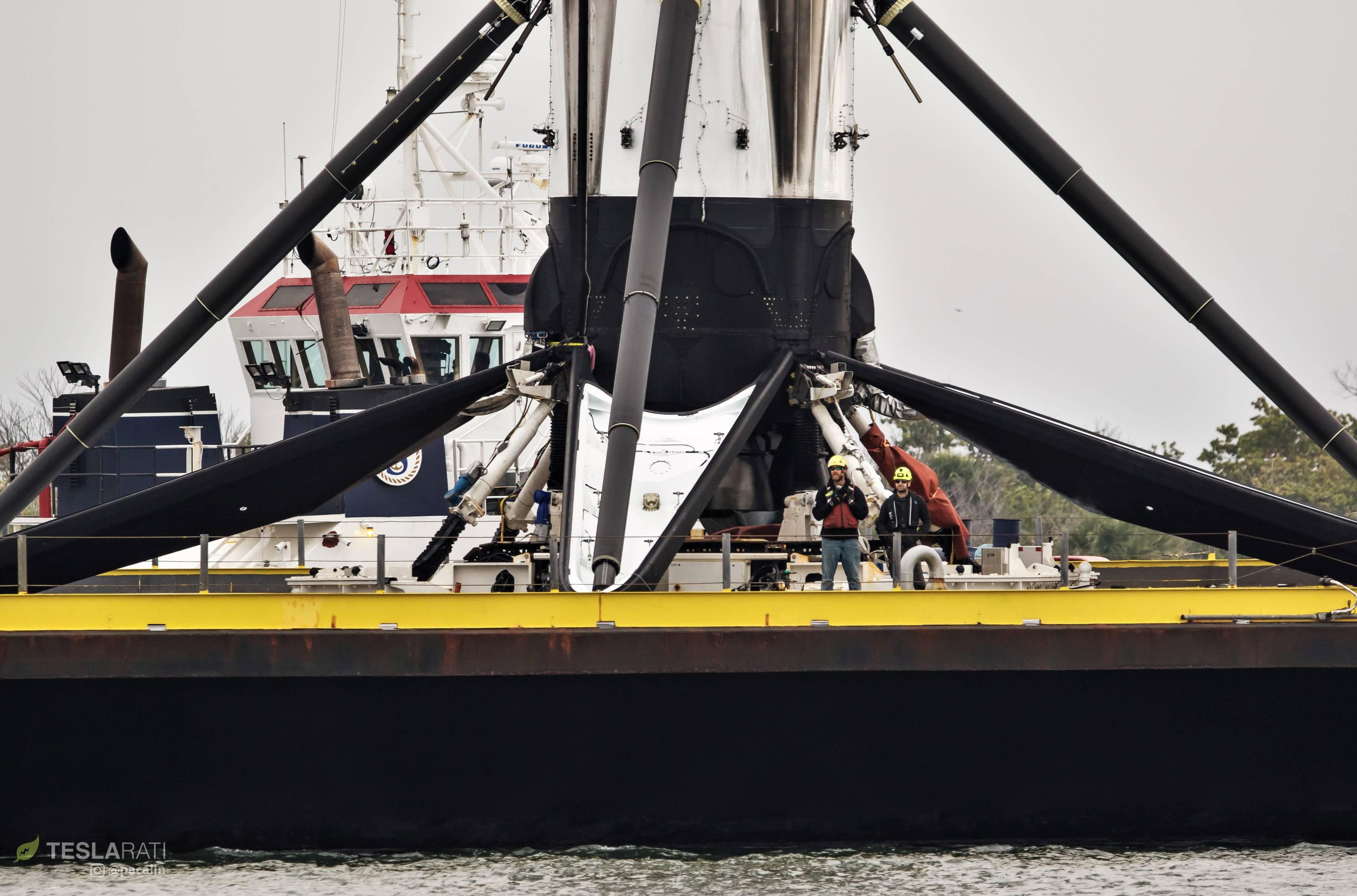 Falcon 9 B1051 DM-1 OCISLY recovery 030519 (Pauline Acalin) 1 edit (c)