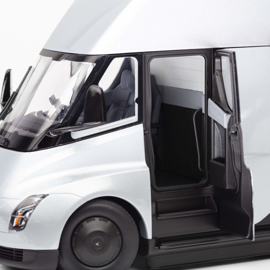 Tesla Adds Semi Truck Diecast Toy In 1:24 Scale To Its