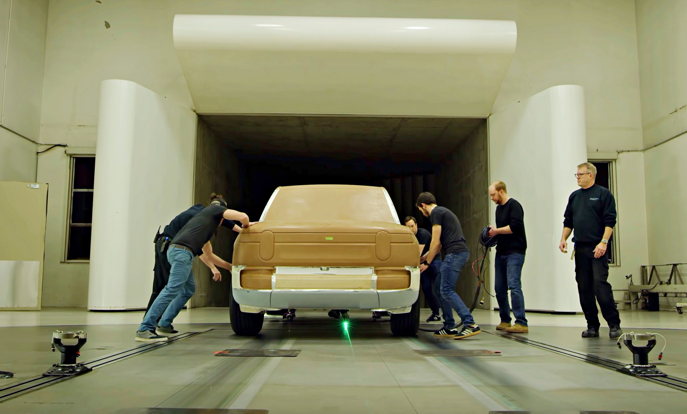 rivian-r1t-wind-tunnel