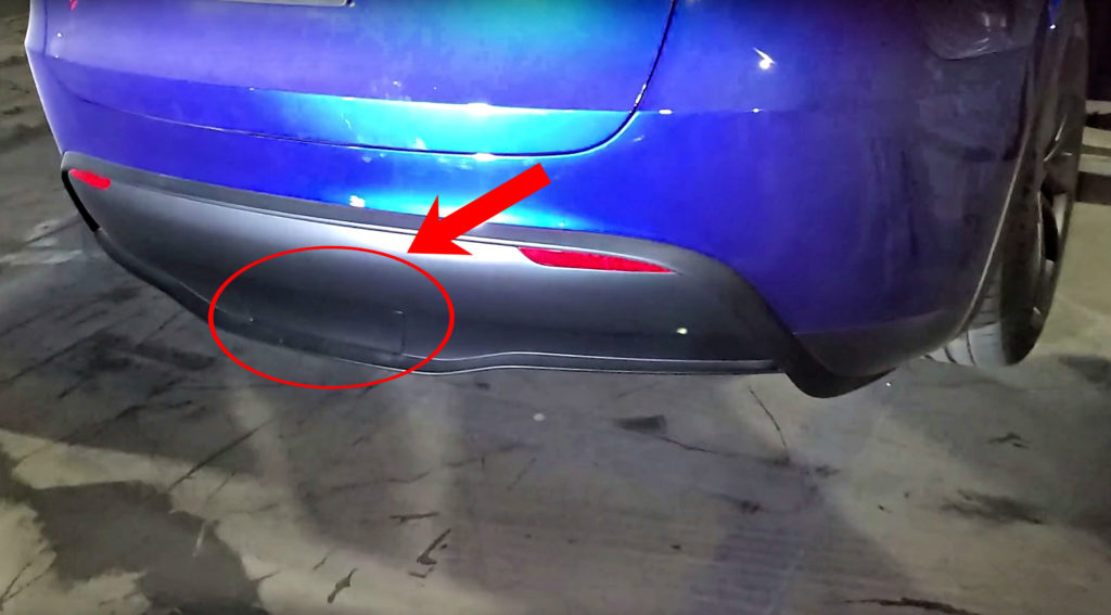 tesla model y towing capability teased with rear cover plate for hitch receiver. Black Bedroom Furniture Sets. Home Design Ideas