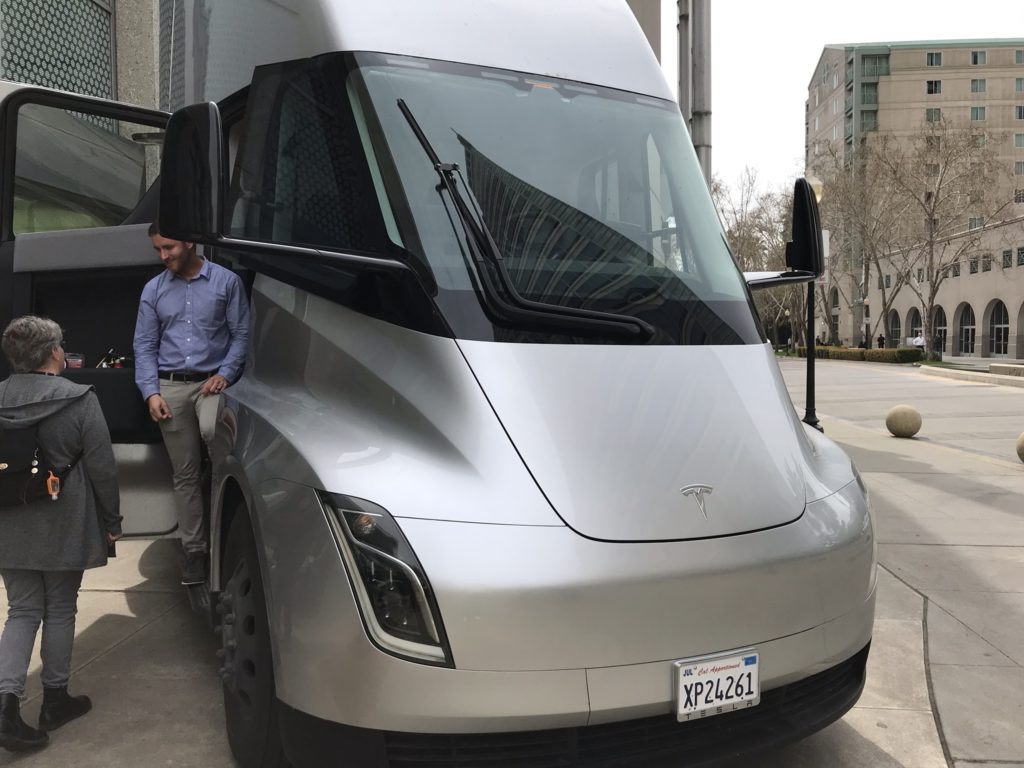 Tesla Semi interior details revealed in clearest pictures yet