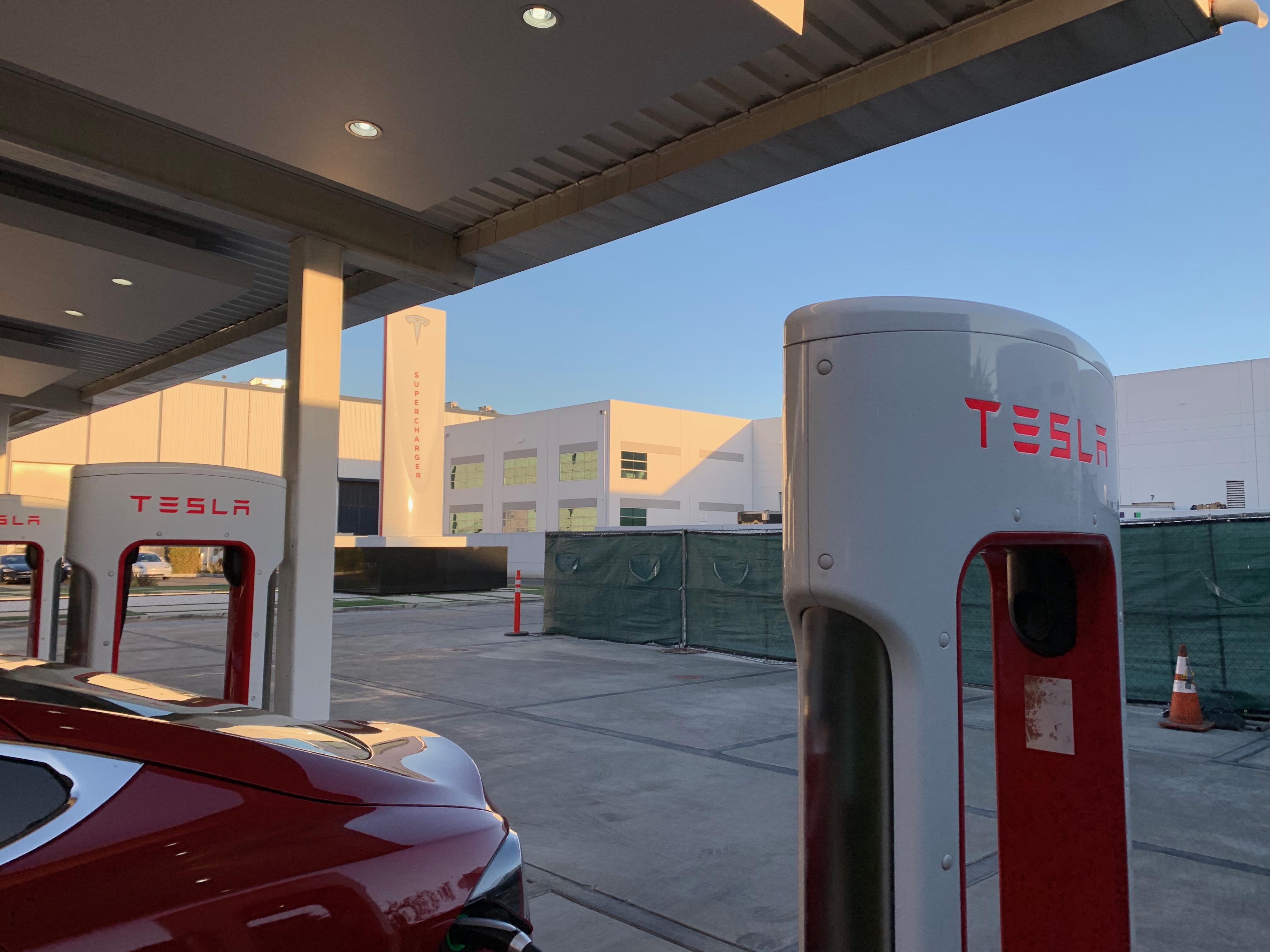 tesla-supercharger-v3-la-design-center-5