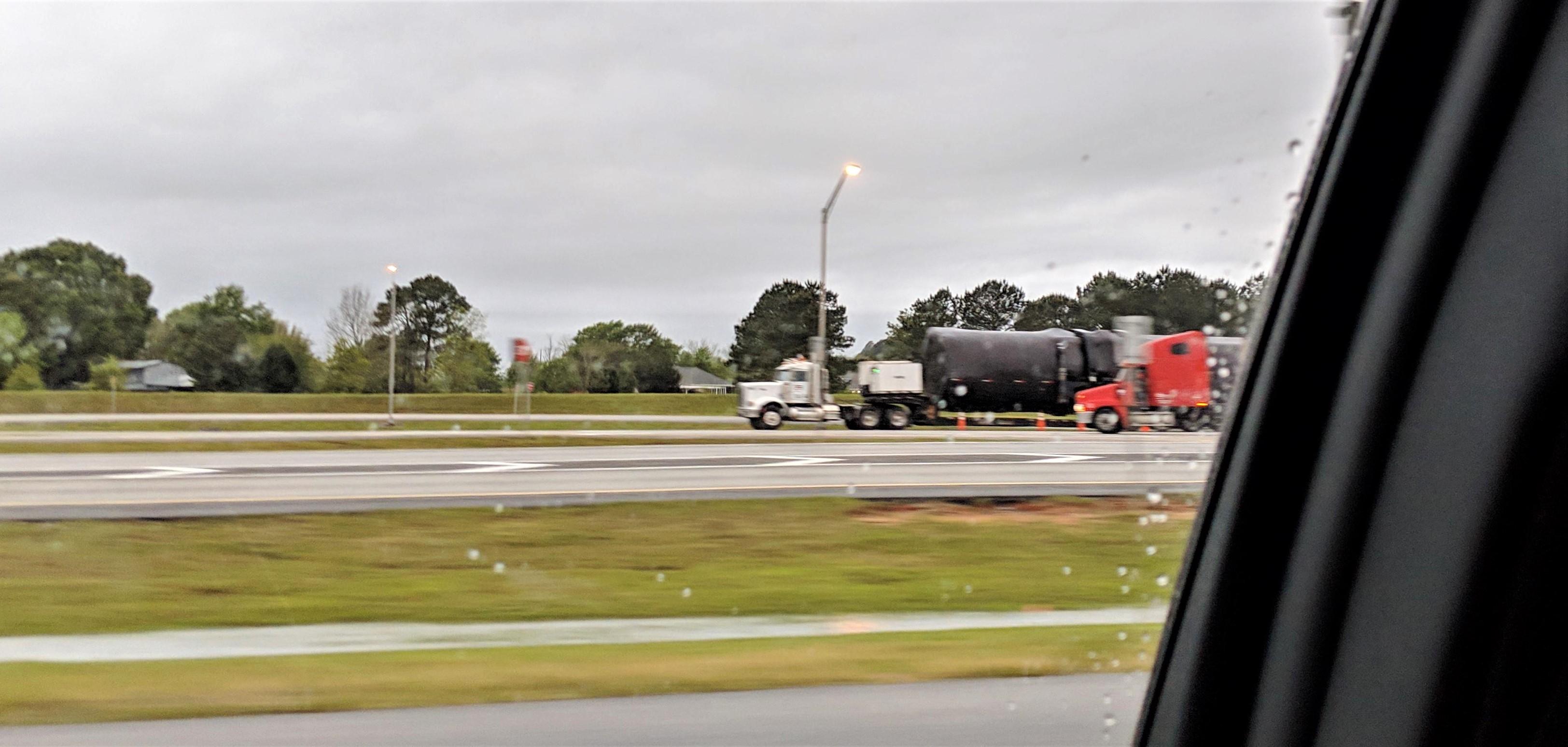 Falcon 9 booster – B1049 – Eastbound – FL 040819 (Reddit – Ferret_Bastard) 1