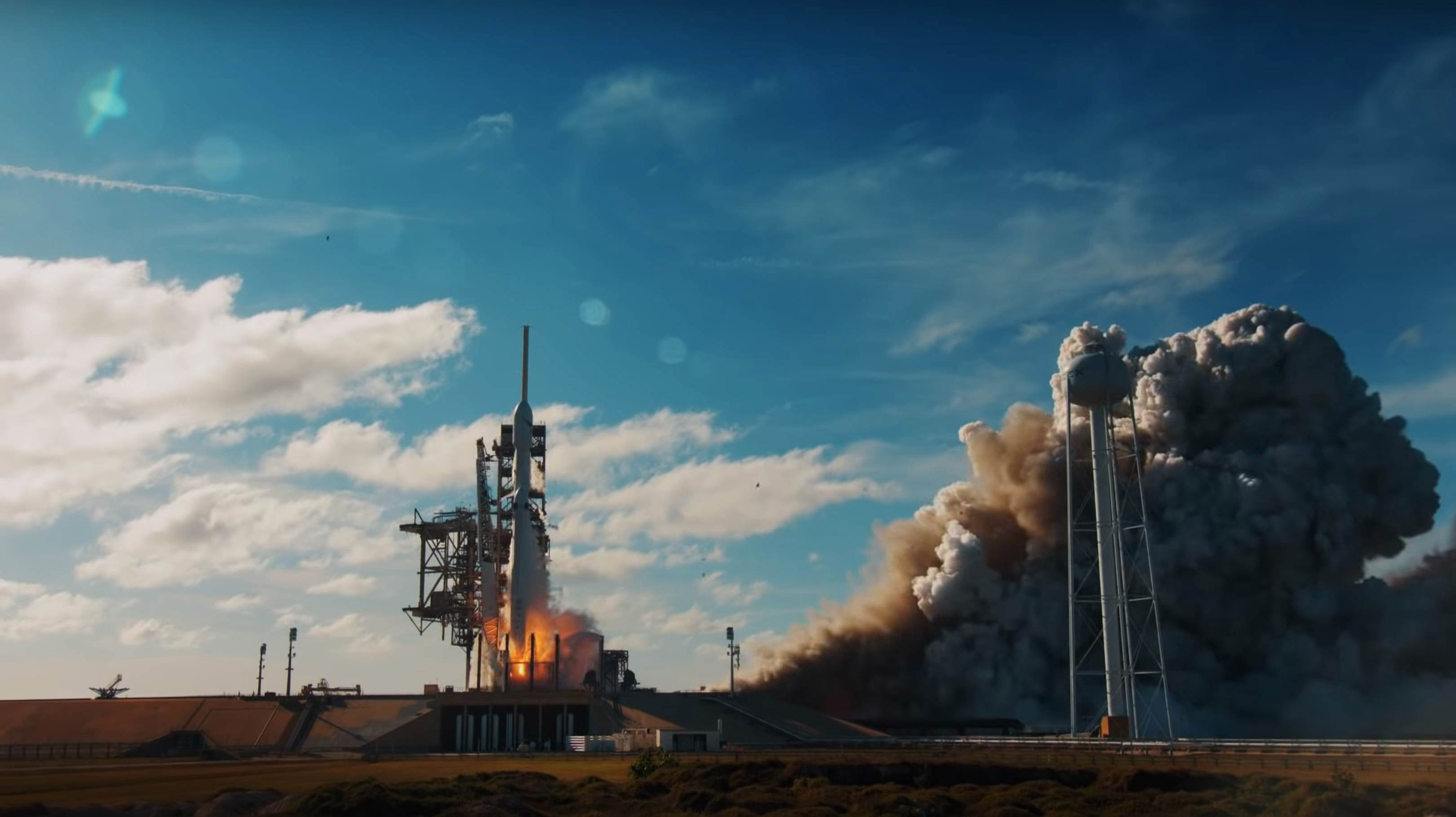 Falcon Heavy Flight 1 liftoff (SpaceX) 1