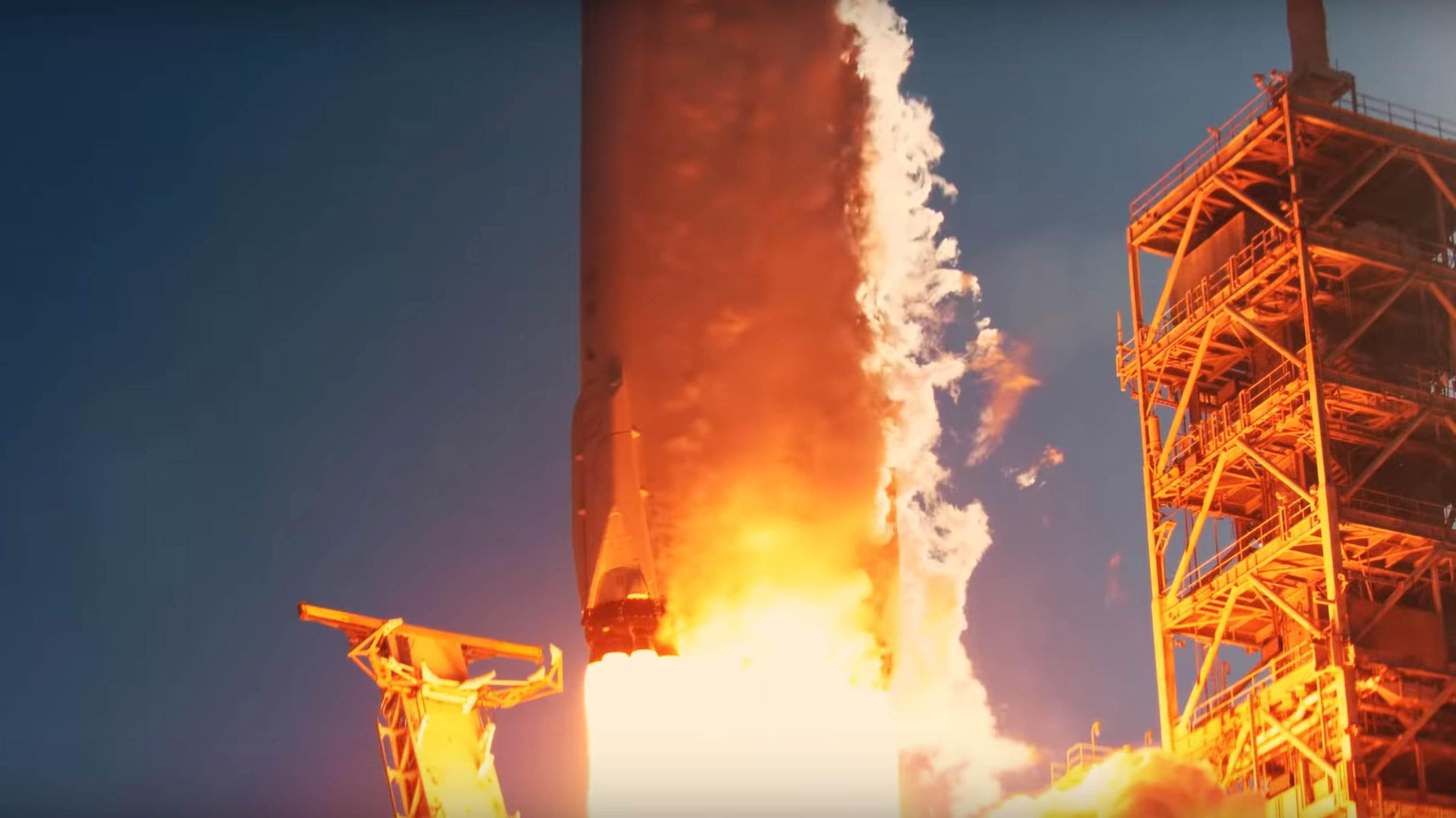 Falcon Heavy Flight 1 liftoff (SpaceX) 2