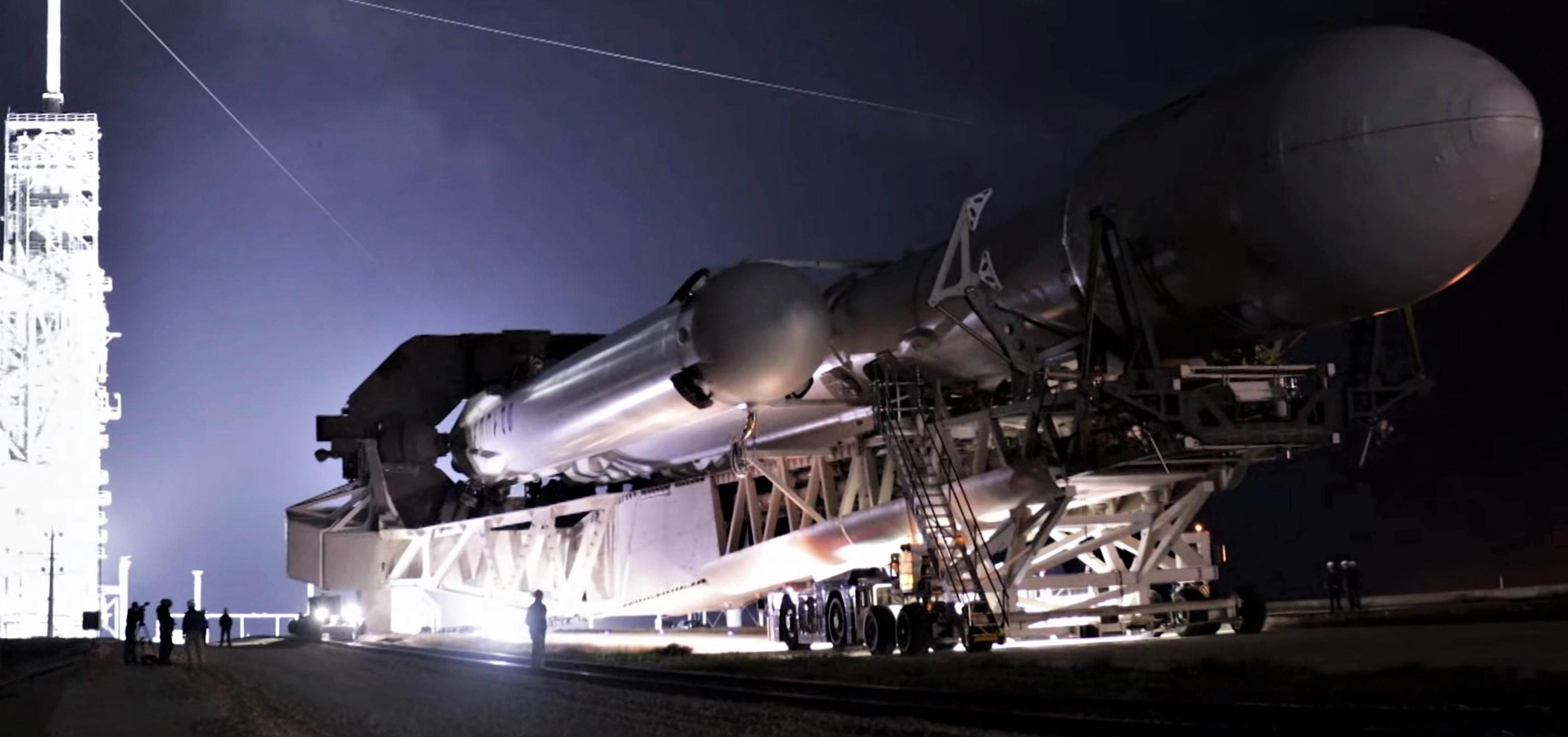 Falcon Heavy Flight 1 rollout (SpaceX) pano 1 edit