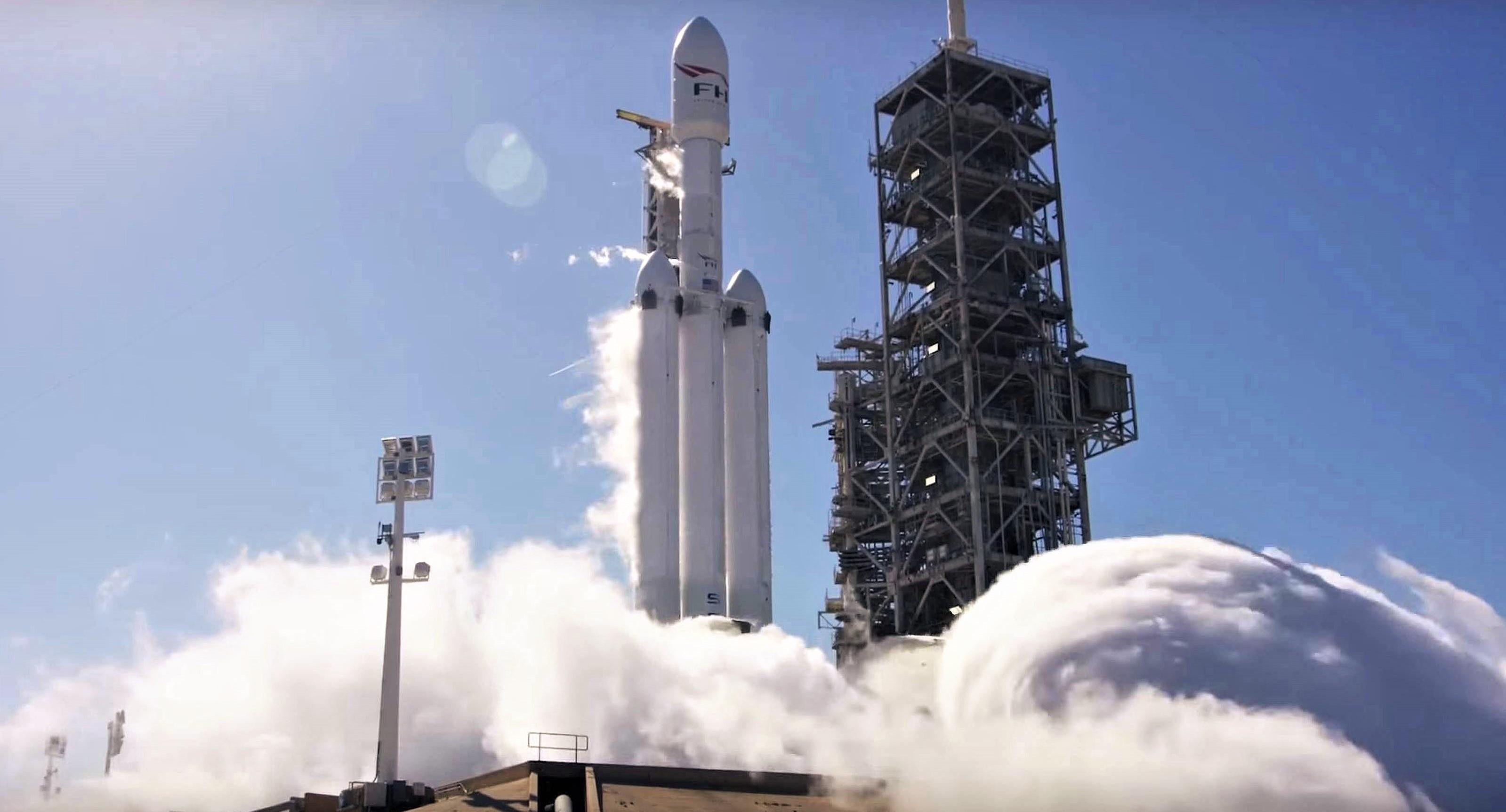 Falcon Heavy Flight 1 static fire Jan 2018 (SpaceX) 1