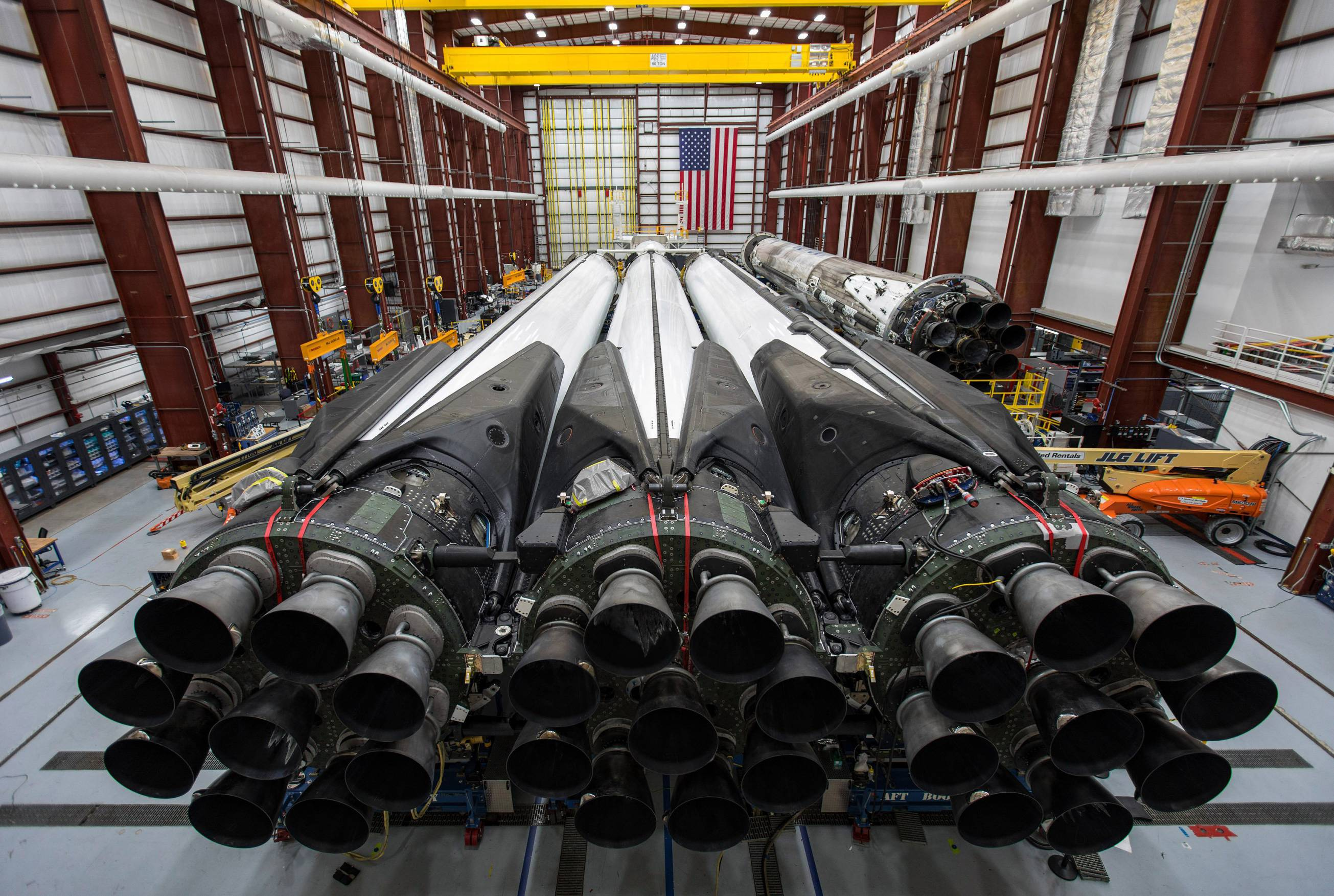 Falcon Heavy Flight 2 B1052 B1053 B1055 integration (SpaceX) full res 1 (c)