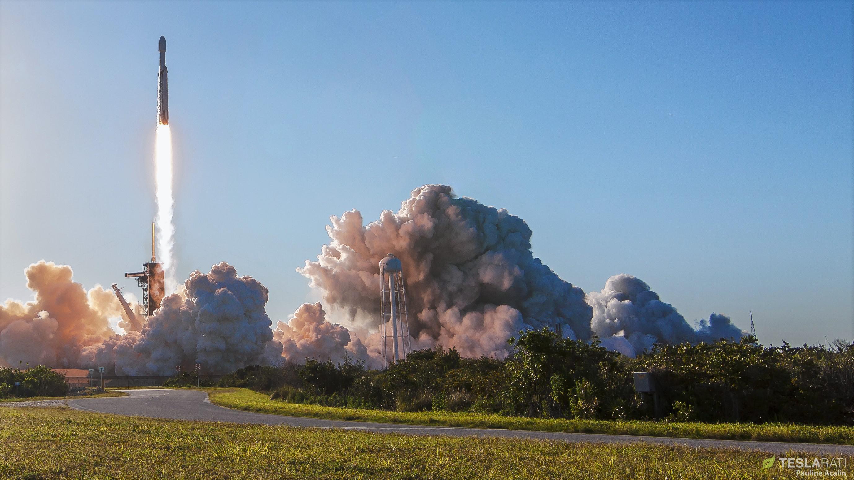 Falcon Heavy Flight 2 liftoff (Pauline Acalin) 3