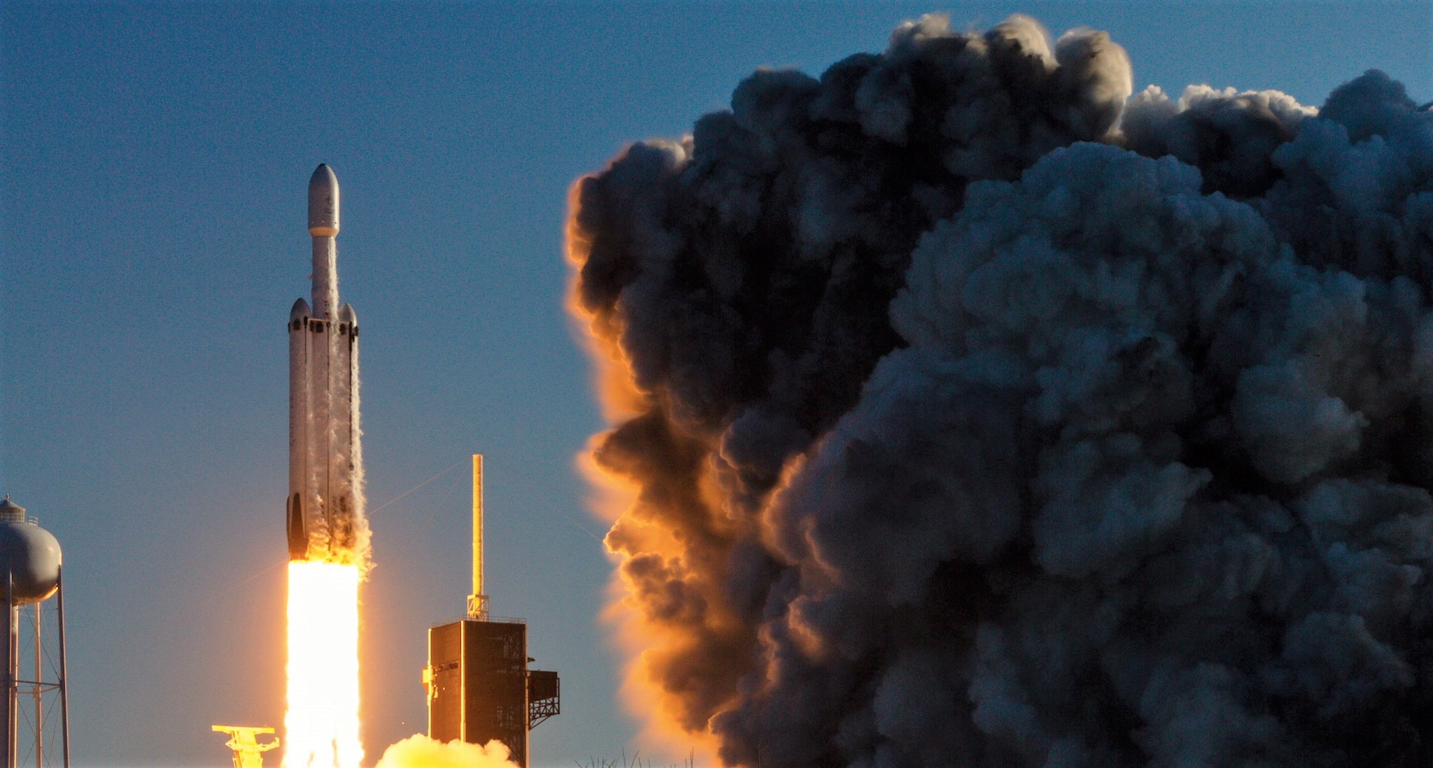 spacex heavy lift launch - 1024×549