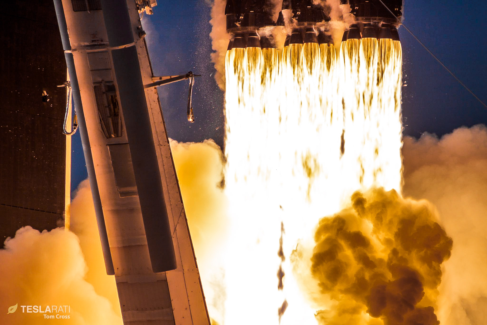 Tesla Model S Interior >> SpaceX's next Falcon Heavy launch to feature first dual rocket landing of its kind
