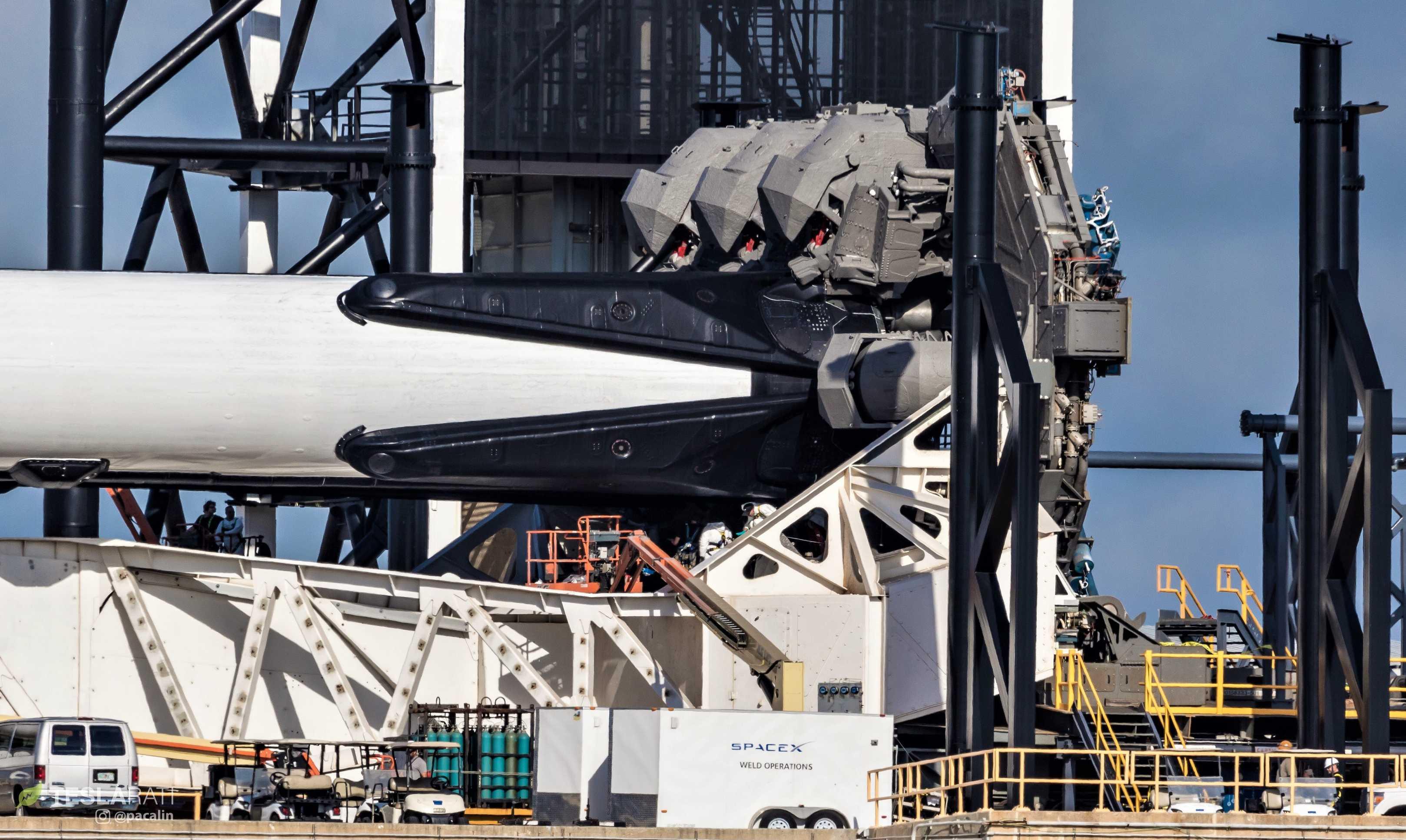 Falcon Heavy Flight 2 prelaunch 39A (Pauline Acalin) (2) (c)