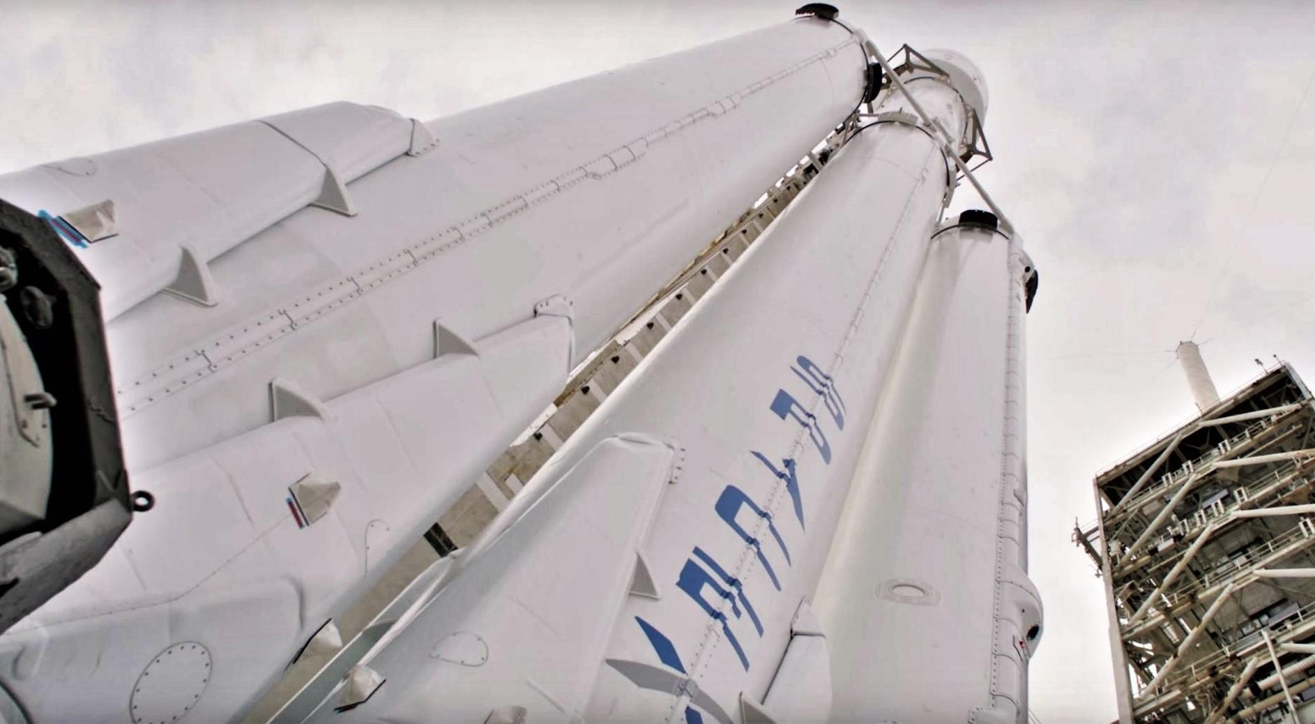 Falcon Heavy static fire (SpaceX) 6 edit
