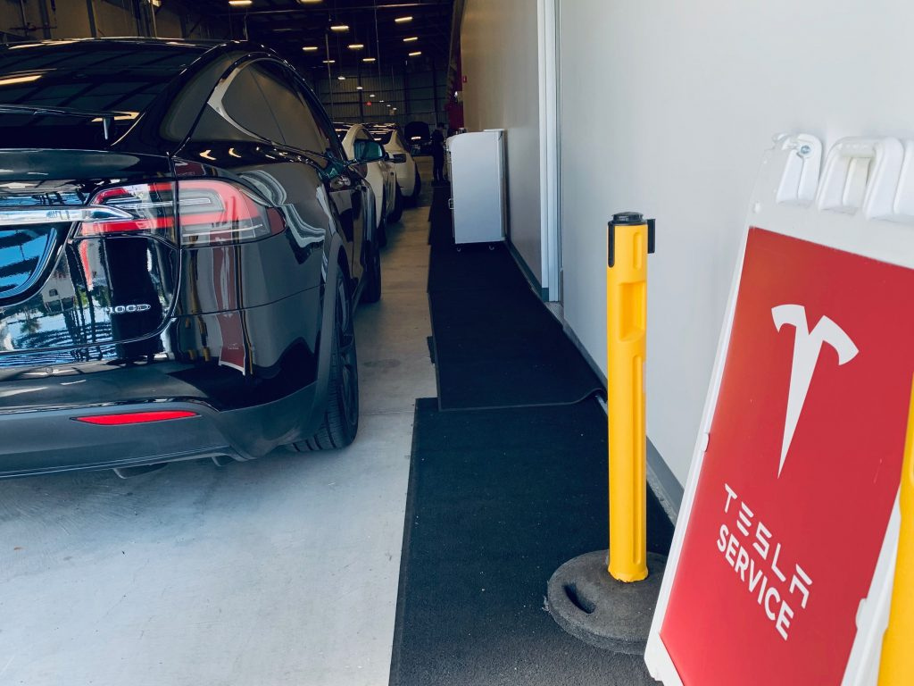 Tesla tests specialized Service Centers that are tailored to specific vehicle models