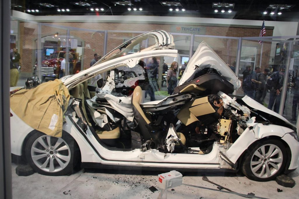 Tesla Model 3 ripped apart by rescue specialists in first responder
