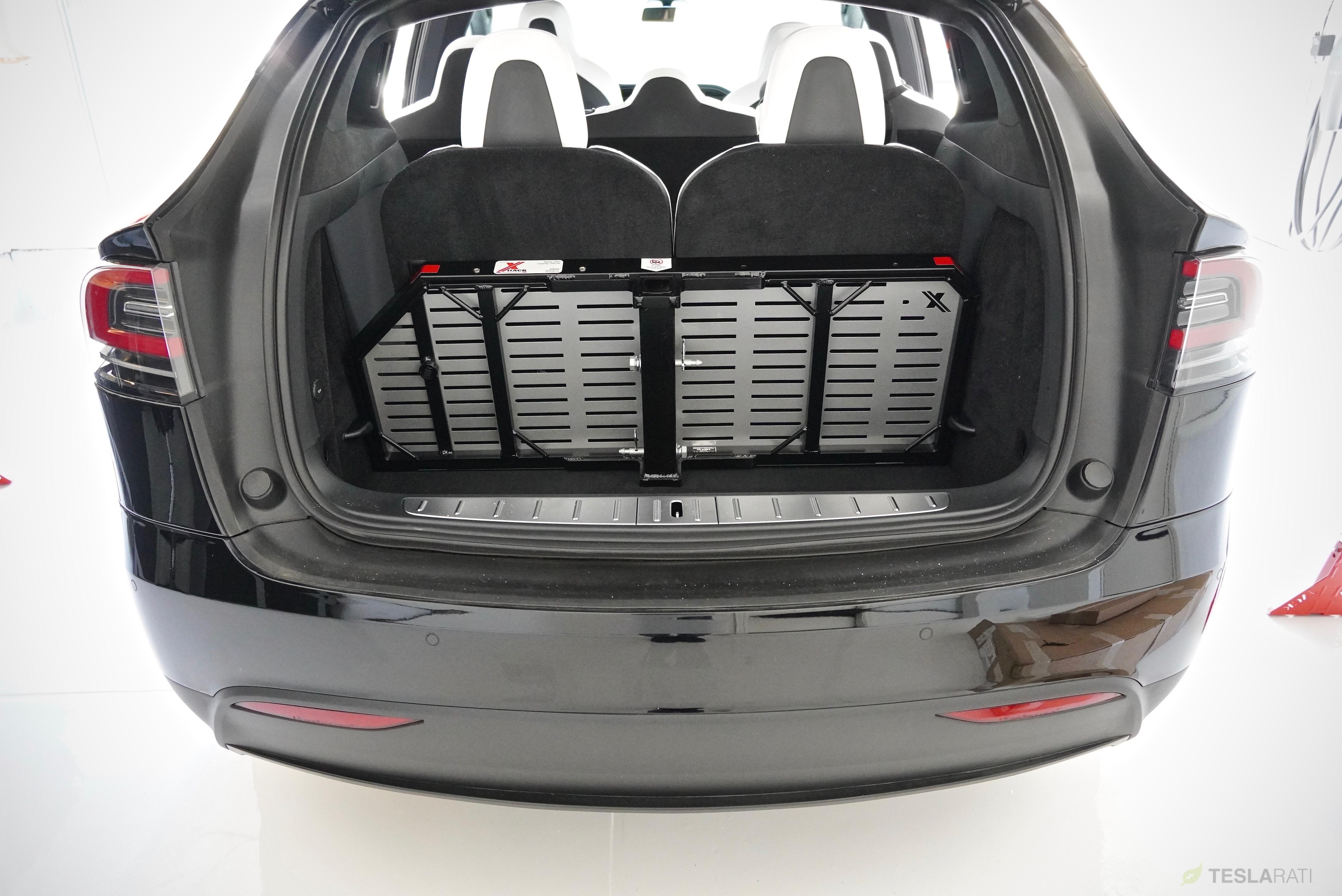 tesla-model-x-rack-trunk-stoarge-upright