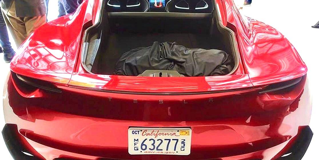 tesla-roadster-trunk-1a