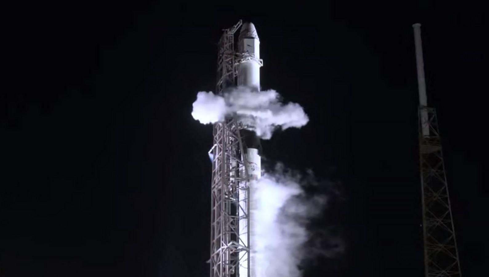 CRS-17 Falcon 9 B1056 scrub (SpaceX) 1 crop
