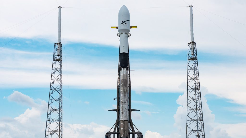 photo of SpaceX executive says Falcon 9 is waiting for customer satellites for the first time ever image