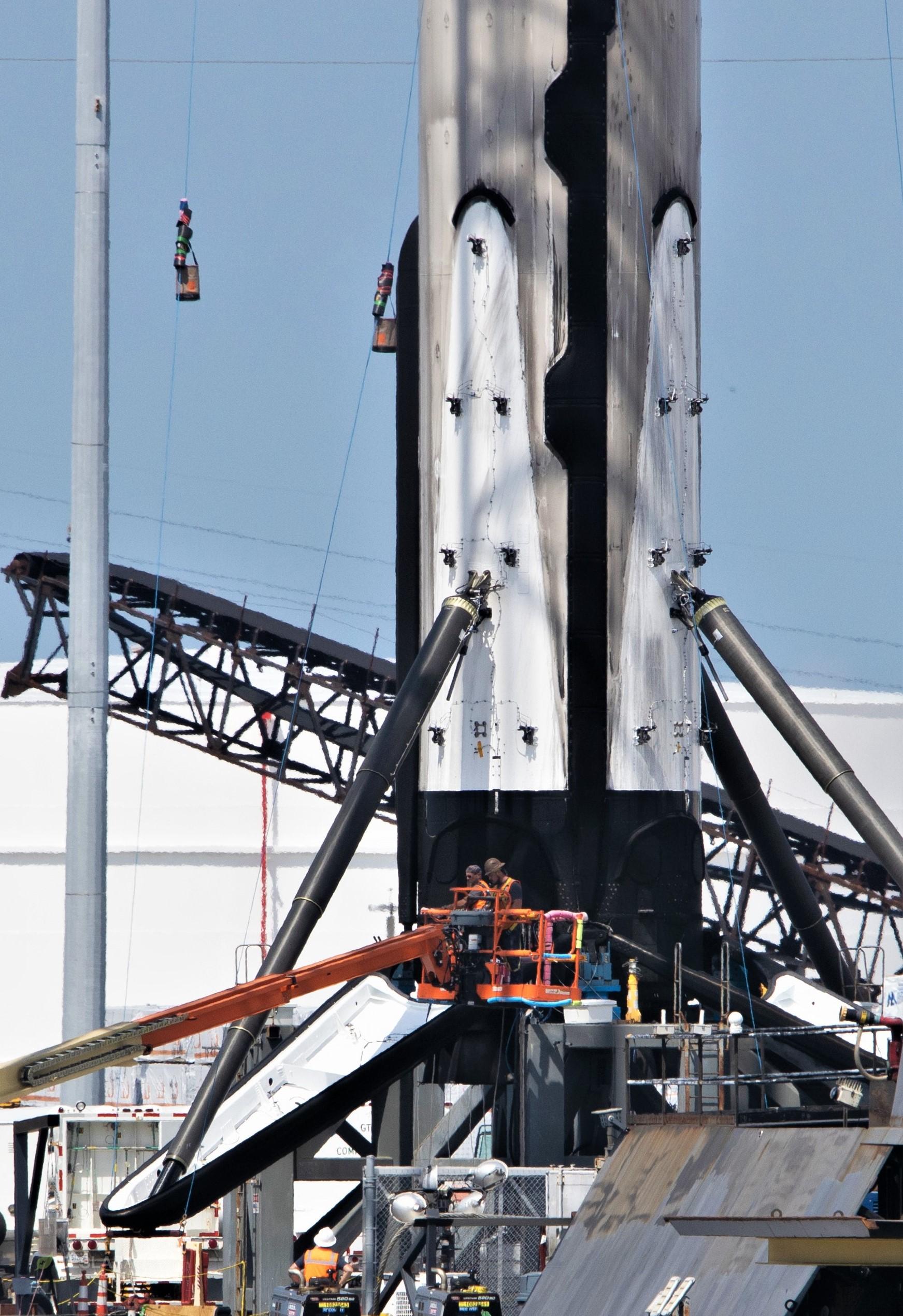 Falcon 9 b1056 leg retraction 1 of 4 050719 (Tom Cross) 1