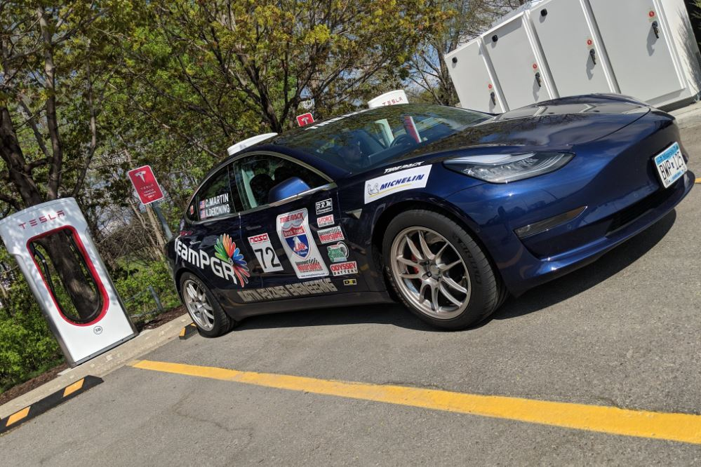 Tesla Model 3, S become first EVs to complete One Lap of America rally event