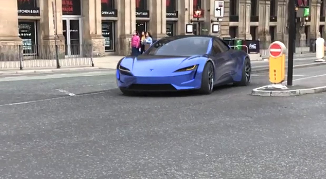 Tesla Roadster in stunning blue rips through London streets in concept video
