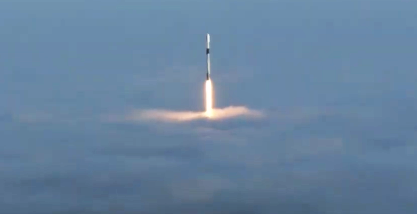 Falcon 9 B1051 RCM liftoff (SpaceX) webcast 1