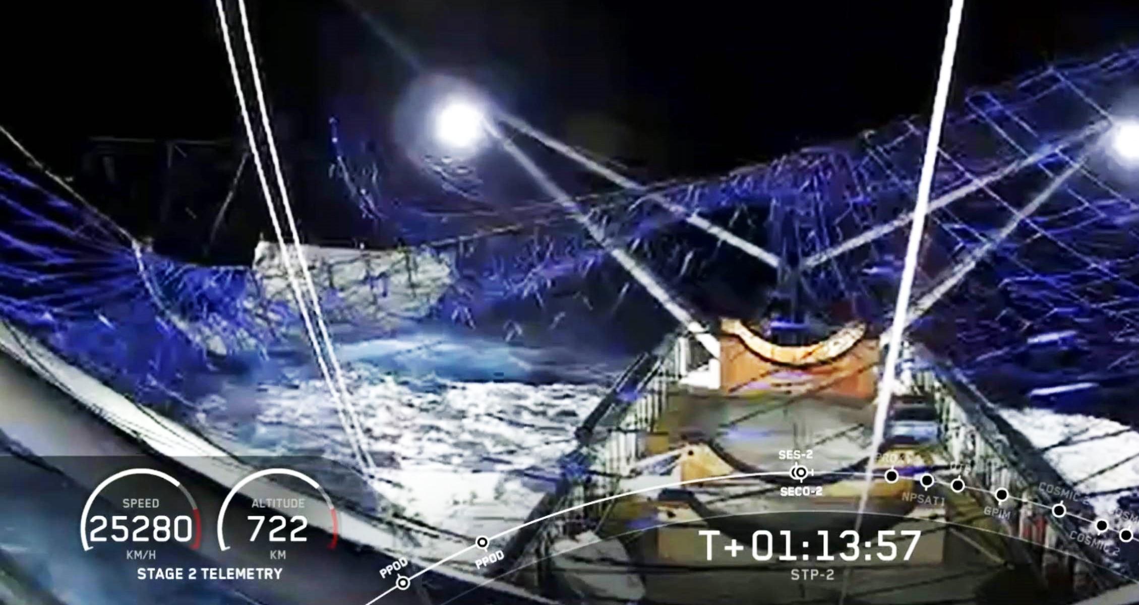 Falcon Heavy Flight 3 payload fairing half catch GO Ms Tree (SpaceX) 1 crop