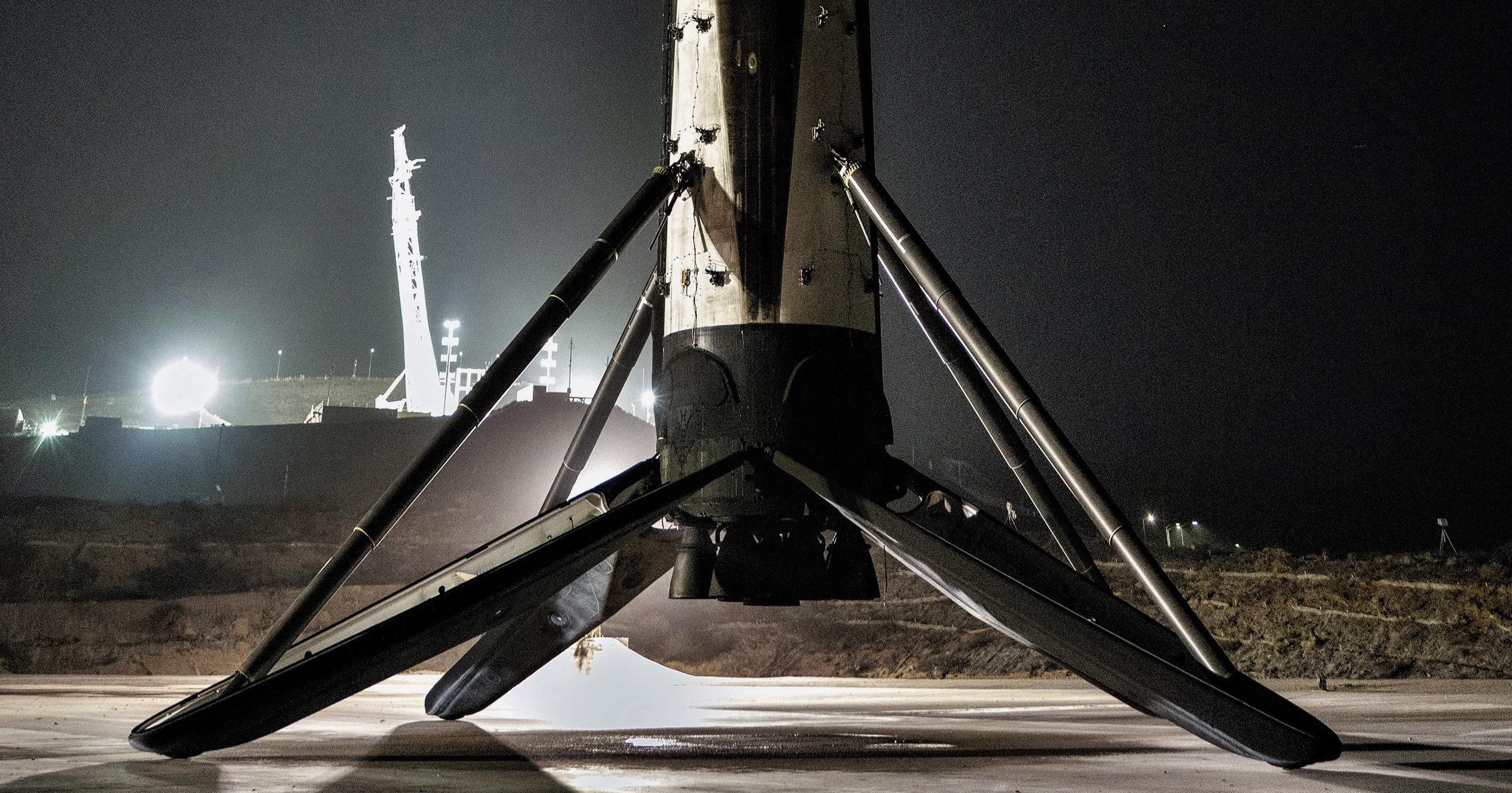 SAOCOM 1A B1048 landing (SpaceX) 6 crop