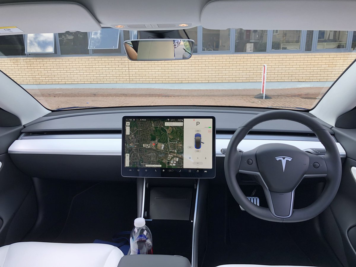 tesla-model-3-rhd-touchscreen-1