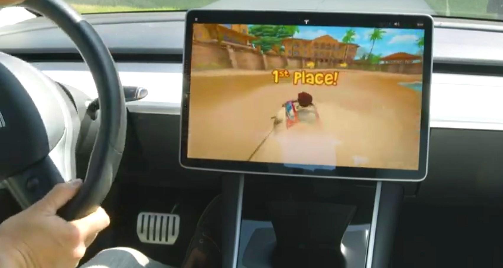 tesla-new-racing-game