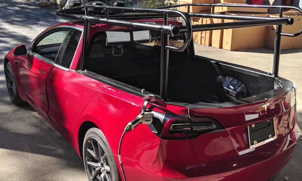 Tesla Semi Truck Elon Musk >> Making of Tesla 'Truckla' pickup truck: Behind the scenes ...