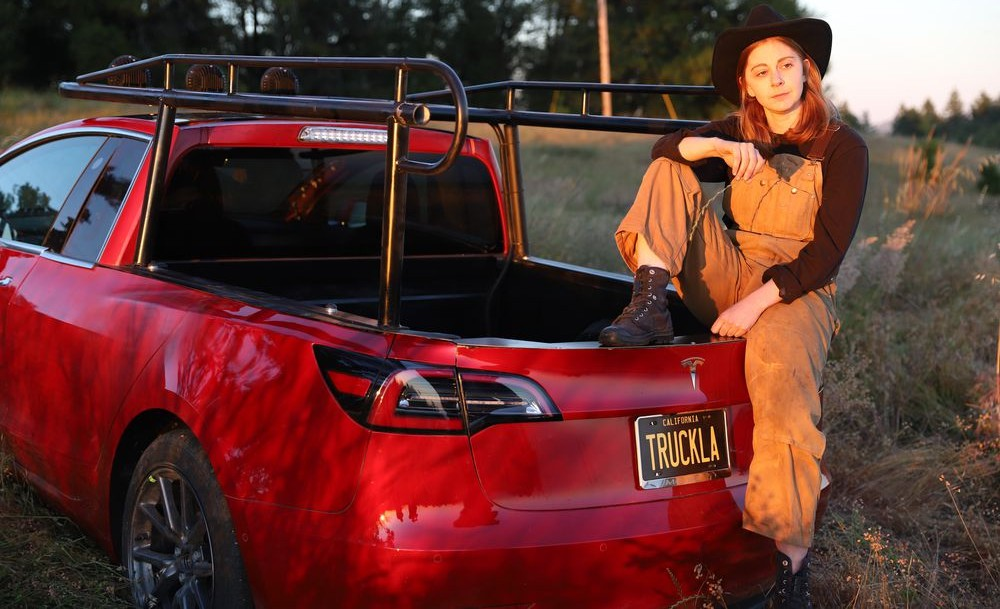 truckla-model-3-pickup