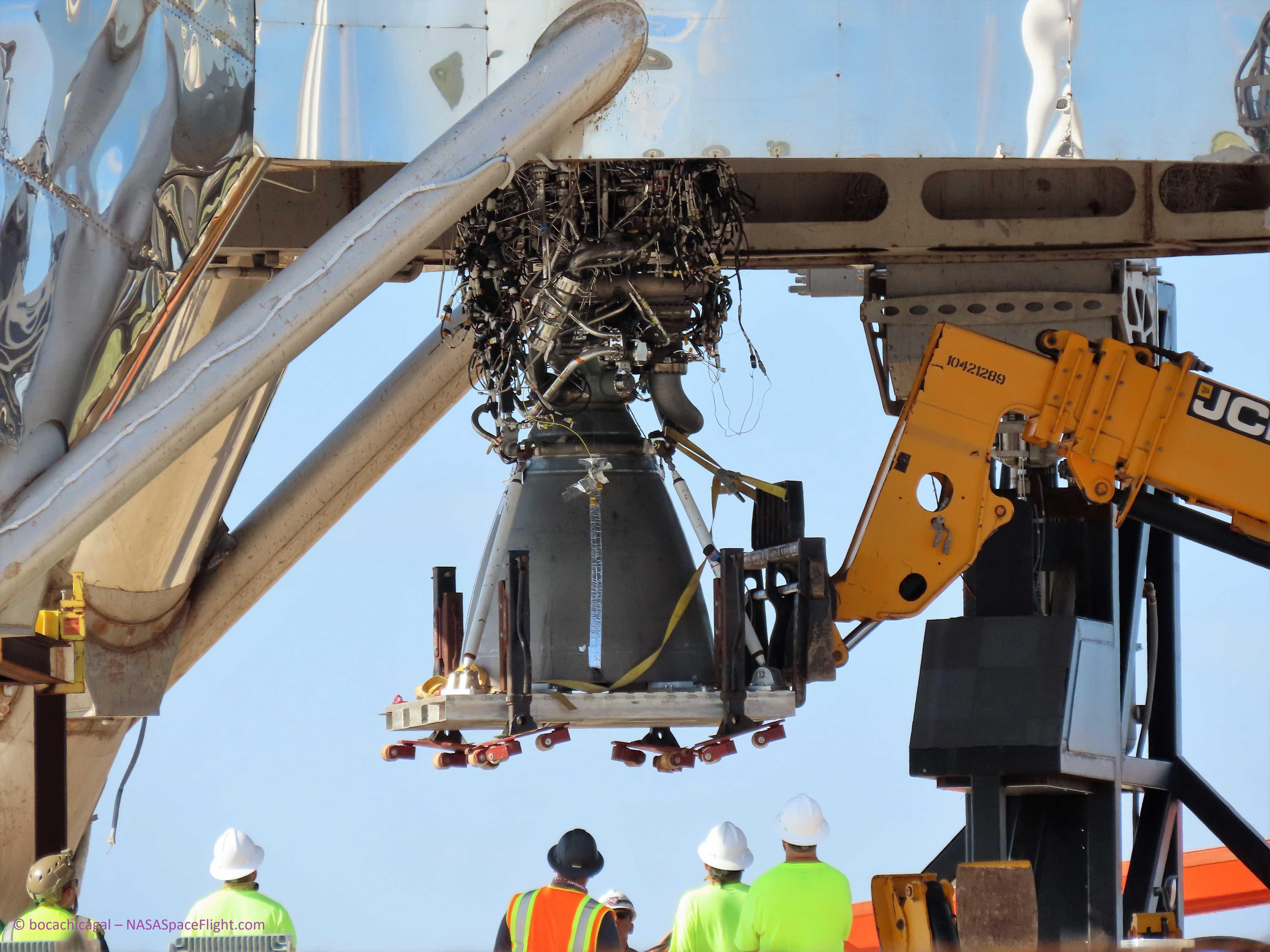 Boca Chica Starhopper Raptor SN06 installation 071119 (NASASpaceflight- bocachicagal) 1 (c)