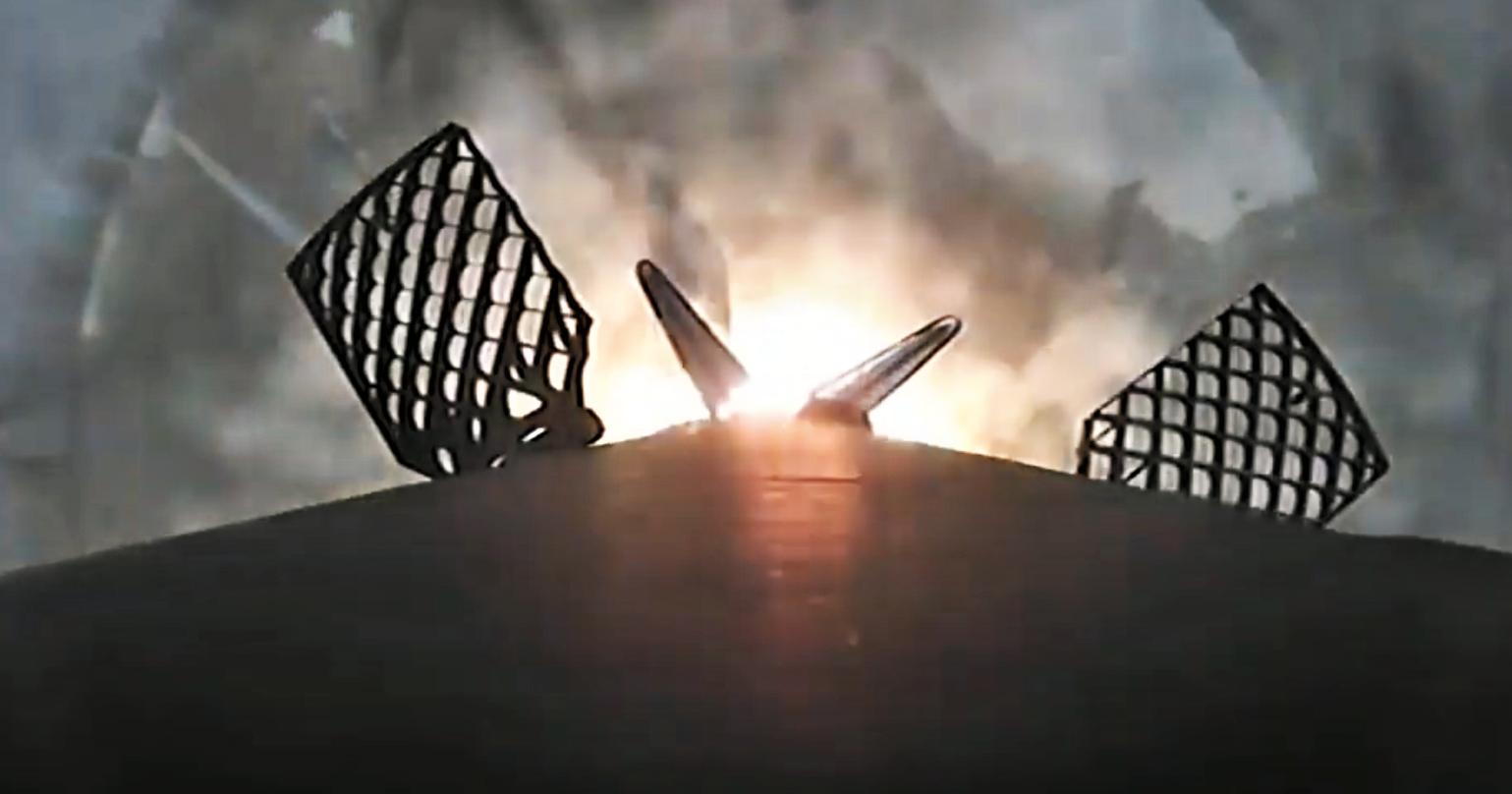 Cargo Dragon CRS-18 Falcon 9 B1056 (SpaceX) webcast 2 landing 3