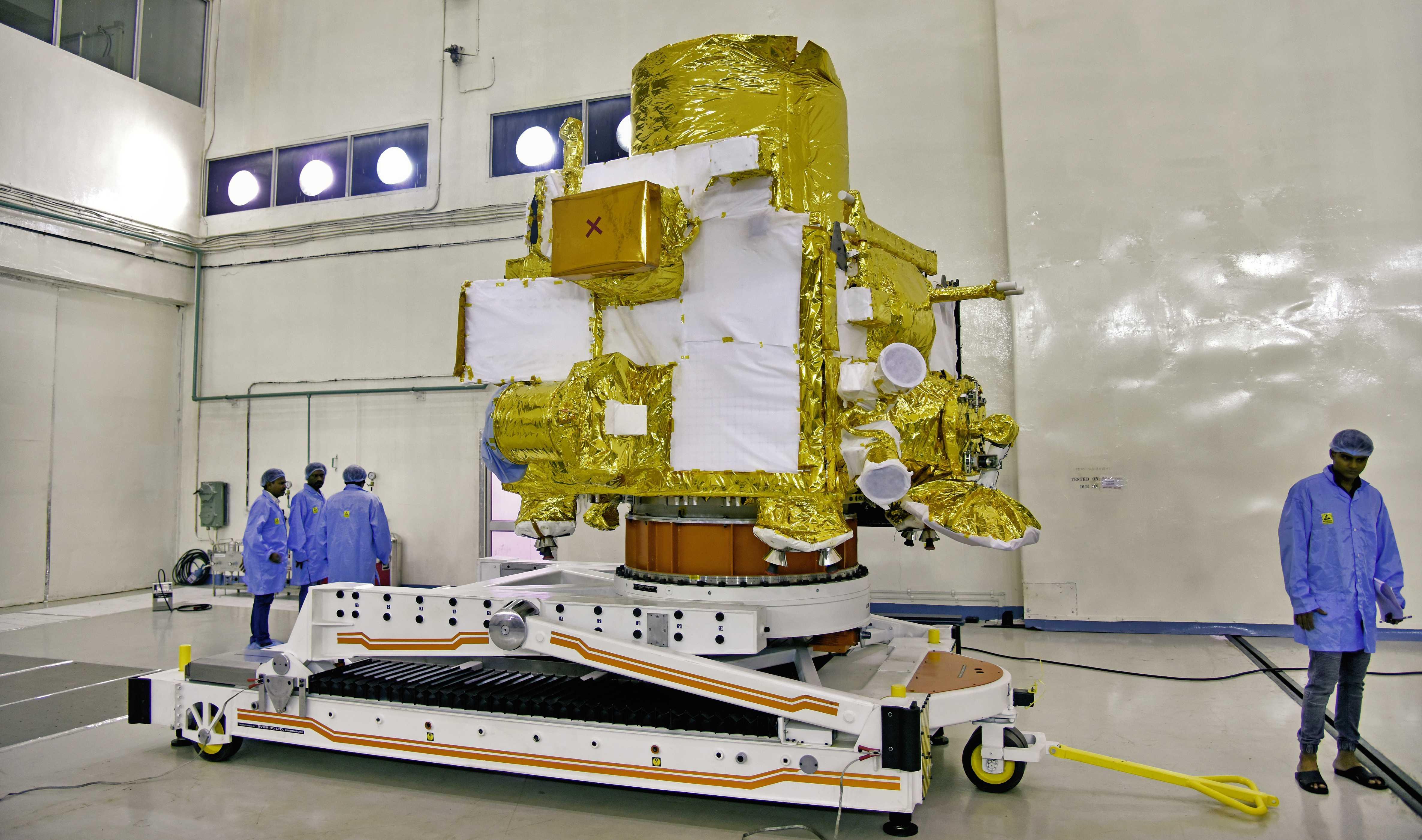 Chandrayaan-2 lunar orbiter (ISRO) 2 (c)