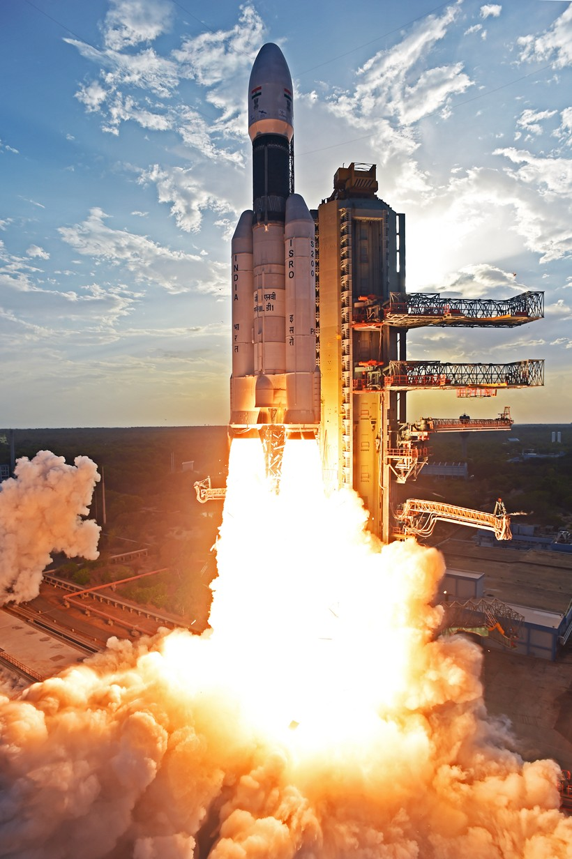 GSLV Mk III-D1 GSAT-19 June 2017 (ISRO) launch 6
