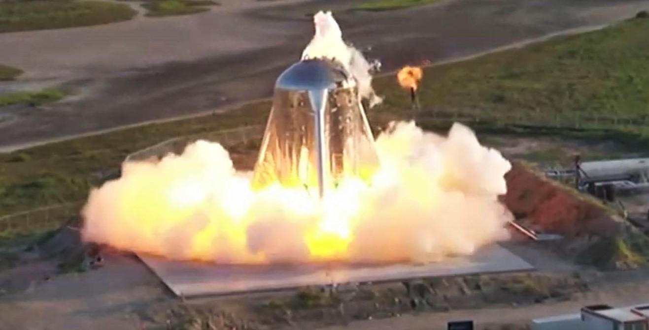 Starhopper 20m hop test (SpaceX) webcast 4 crop