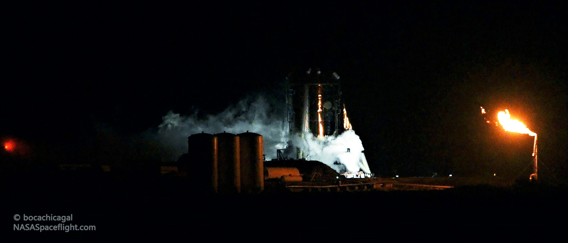 Starhopper Raptor SN06 preburner static fire 071519 (NASASpaceflight – bocachicagal) 1