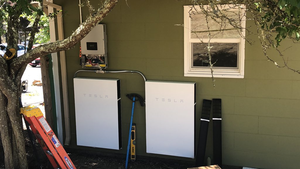 Tesla Energy's quick installs hint at ongoing residential solar and Powerwall ramp