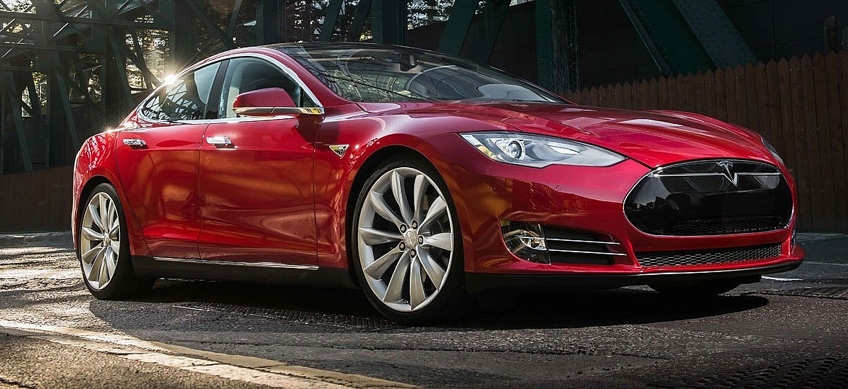 Tesla Model S beats 70 years of motoring legends to win MotorTrend's Ultimate Car of the Year award