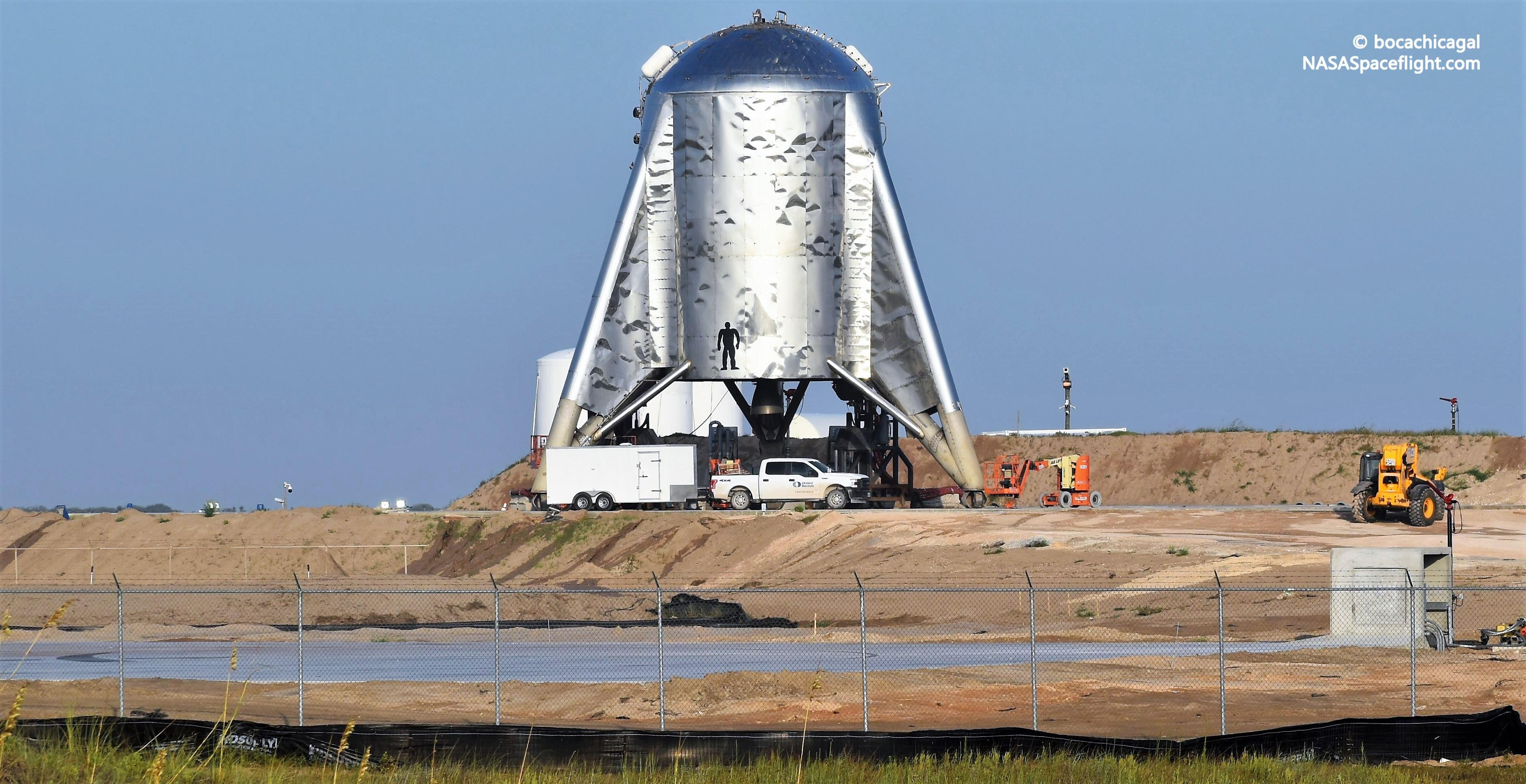 Boca Chica Starhopper and pad 082719 (NASASpaceflight – bocachicagal) 3 edit
