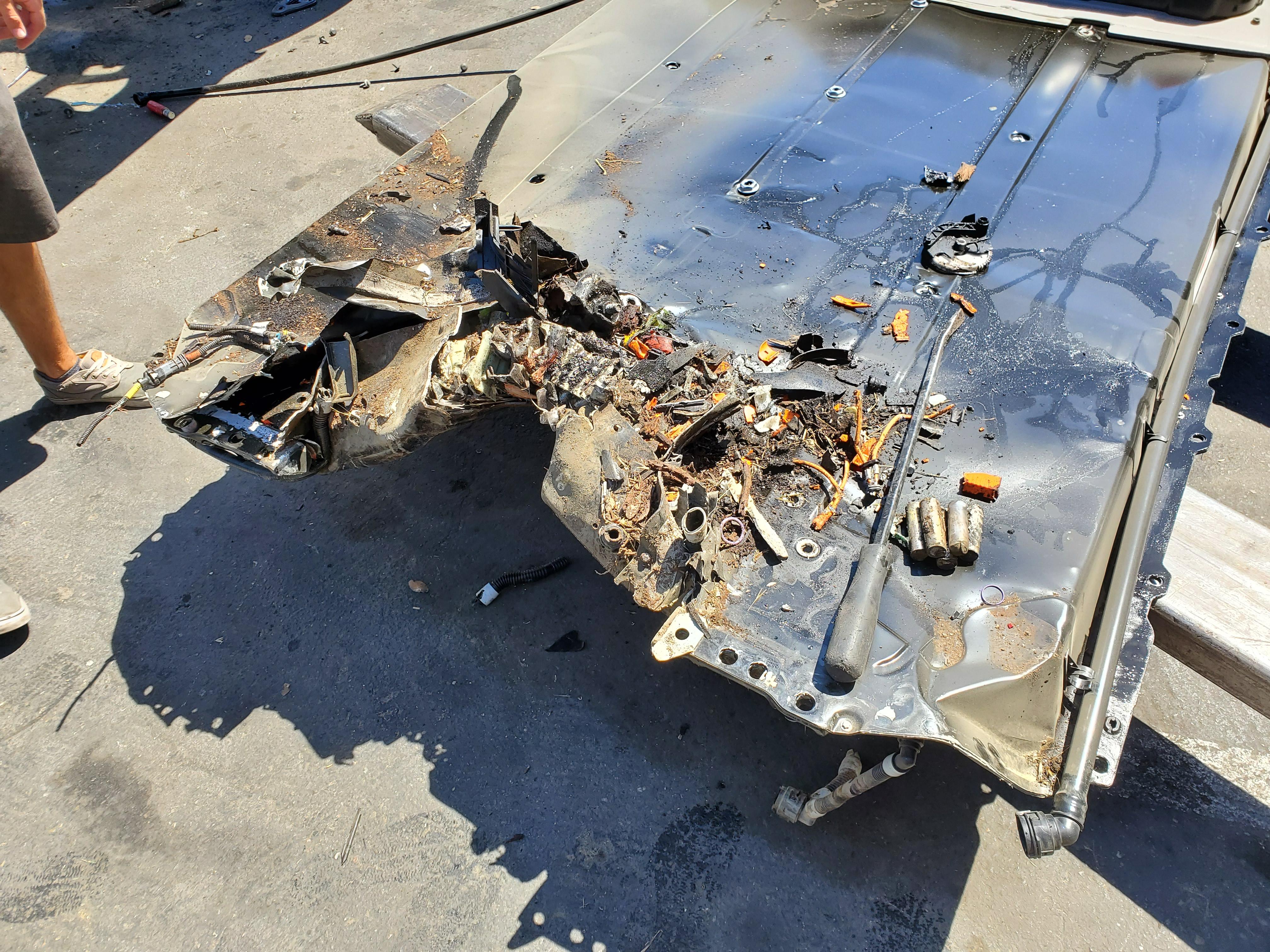 tesla-model-3-battery-pack-after-crash
