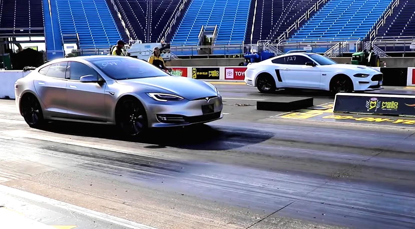 Pre-'Raven' Tesla Model S P100D slays Ford Mustang, Audi S4 in twin