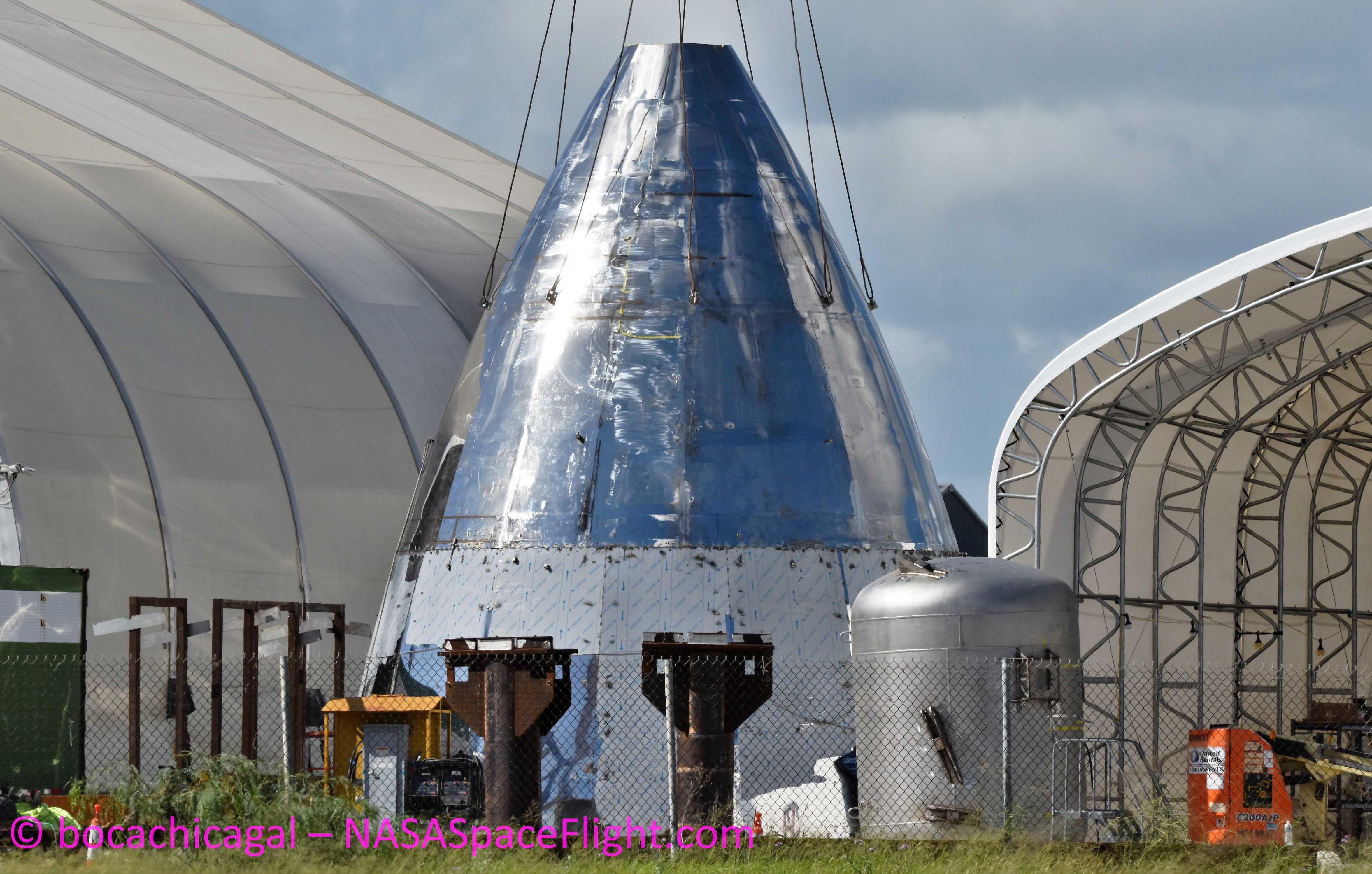 Boca Chica Starship Mk1 092219 (NASASpaceflight – bocachicagal) header & nose 1 (c)