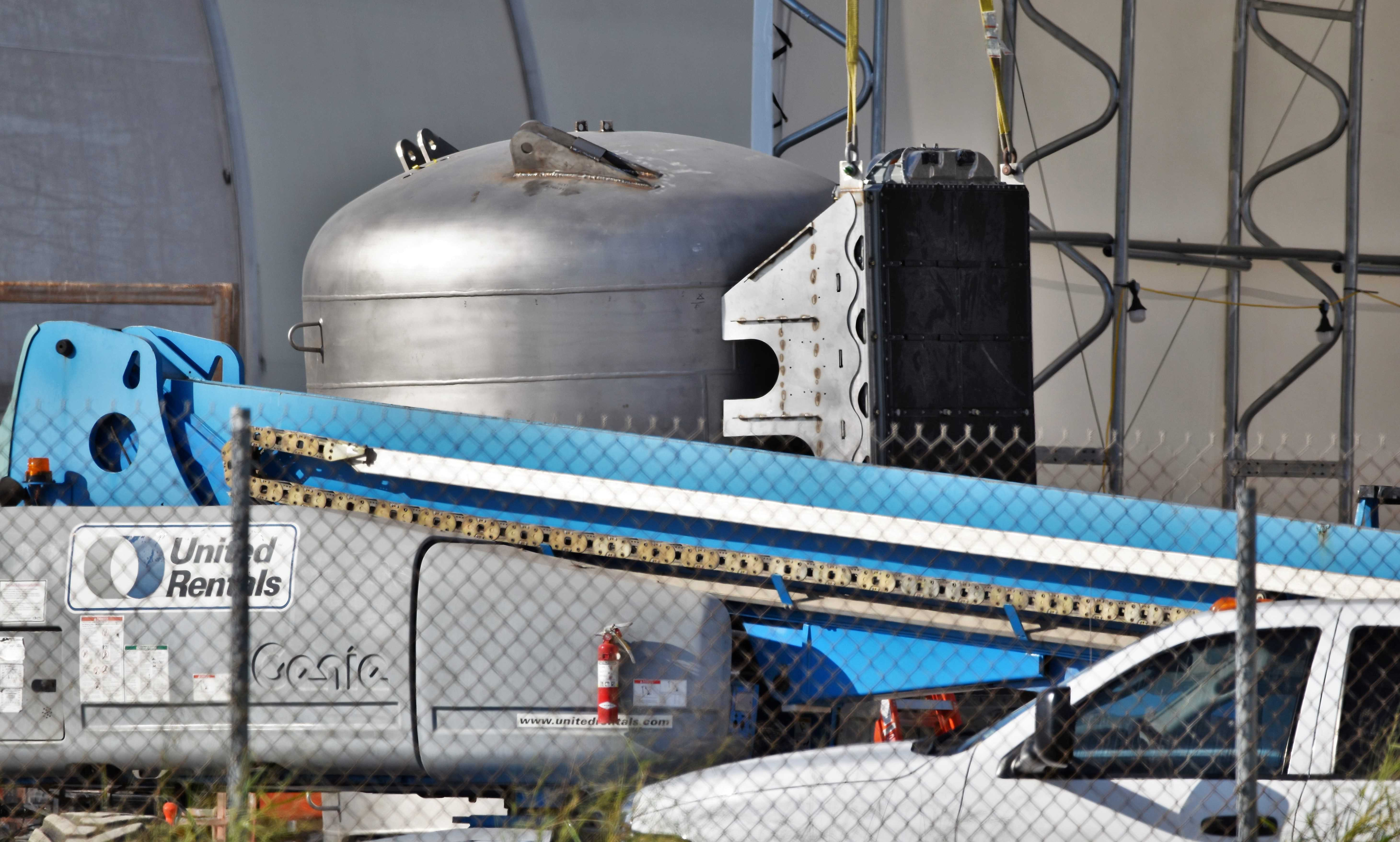 Boca Chica Starship Mk1 092319 (NASASpaceflight – bocachicagal) header 1 crop (c)