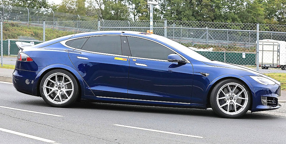 Tesla-Model-S-nurburgring-1