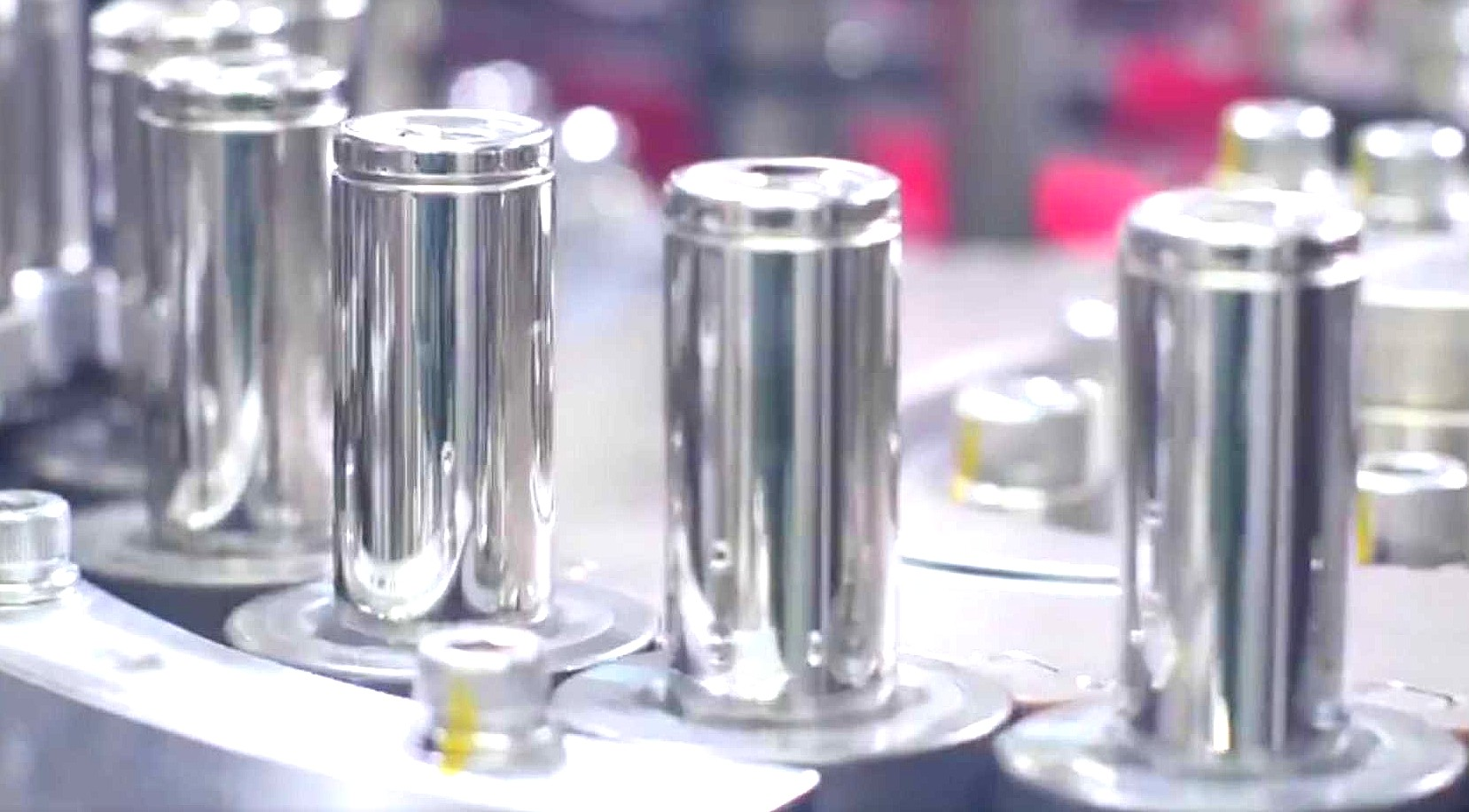 tesla-battery-cells-1