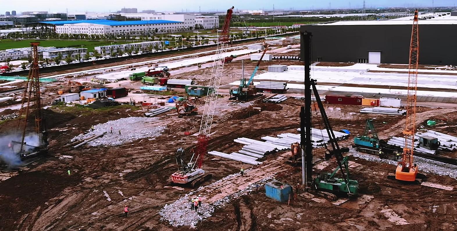 tesla-gigafactory-3-phase-2-pile-driving-stage